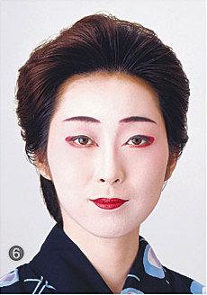日本舞踊メイク/衿・首・手